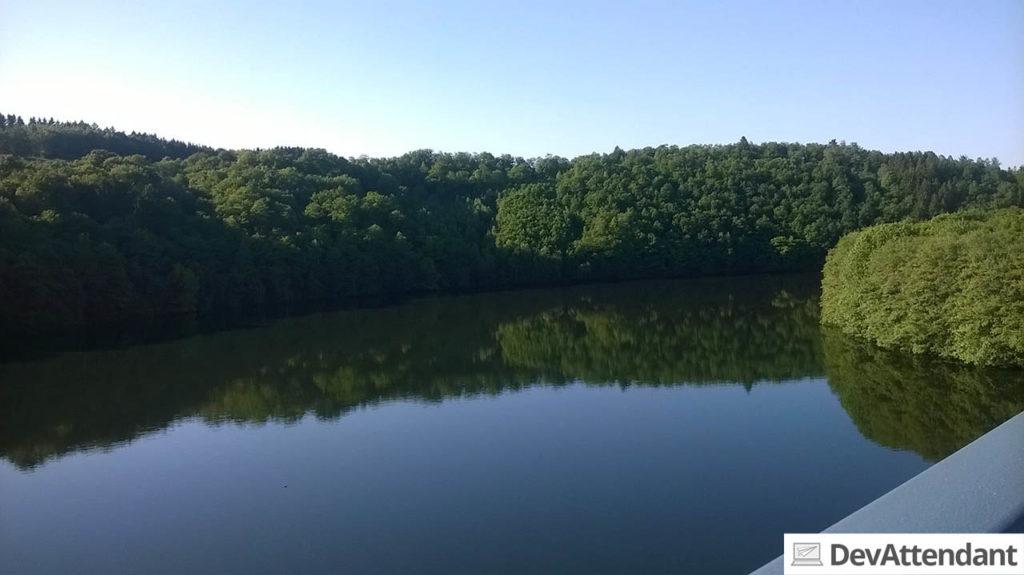 Blick auf den Biggesee von der Talbrücke Ronnewinkel (aufgenommen mit dem Lumia 535)