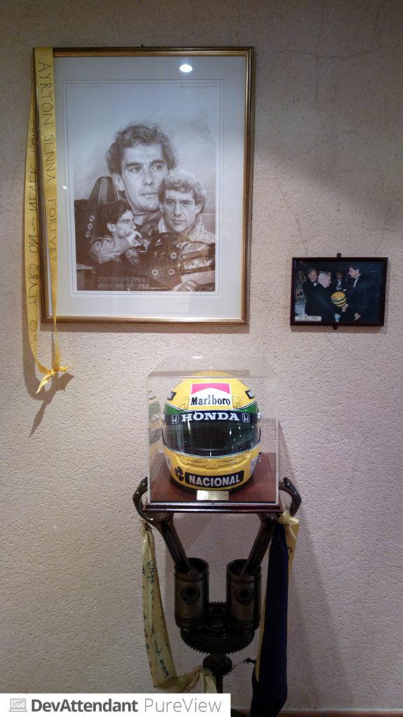 """""""Gedenkwand"""" für Ayrton Senna"""