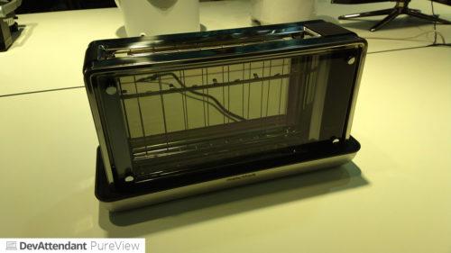 Bei diesem Toaster kann man dem Toast beim toasten zuschauen :D