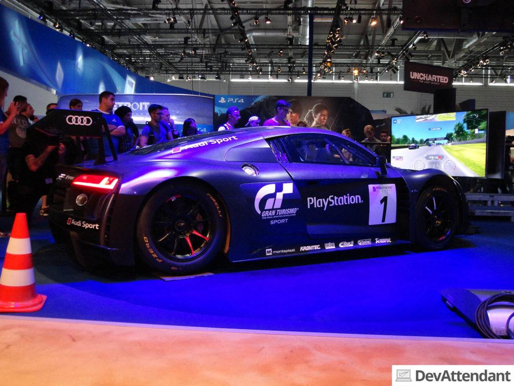 Der Audi R8 beim Gran Turismo-Stand