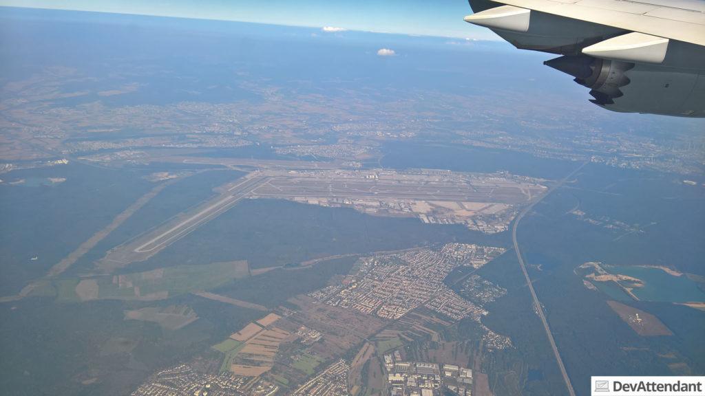 Der Frankfurter Flughafen aus der Luft
