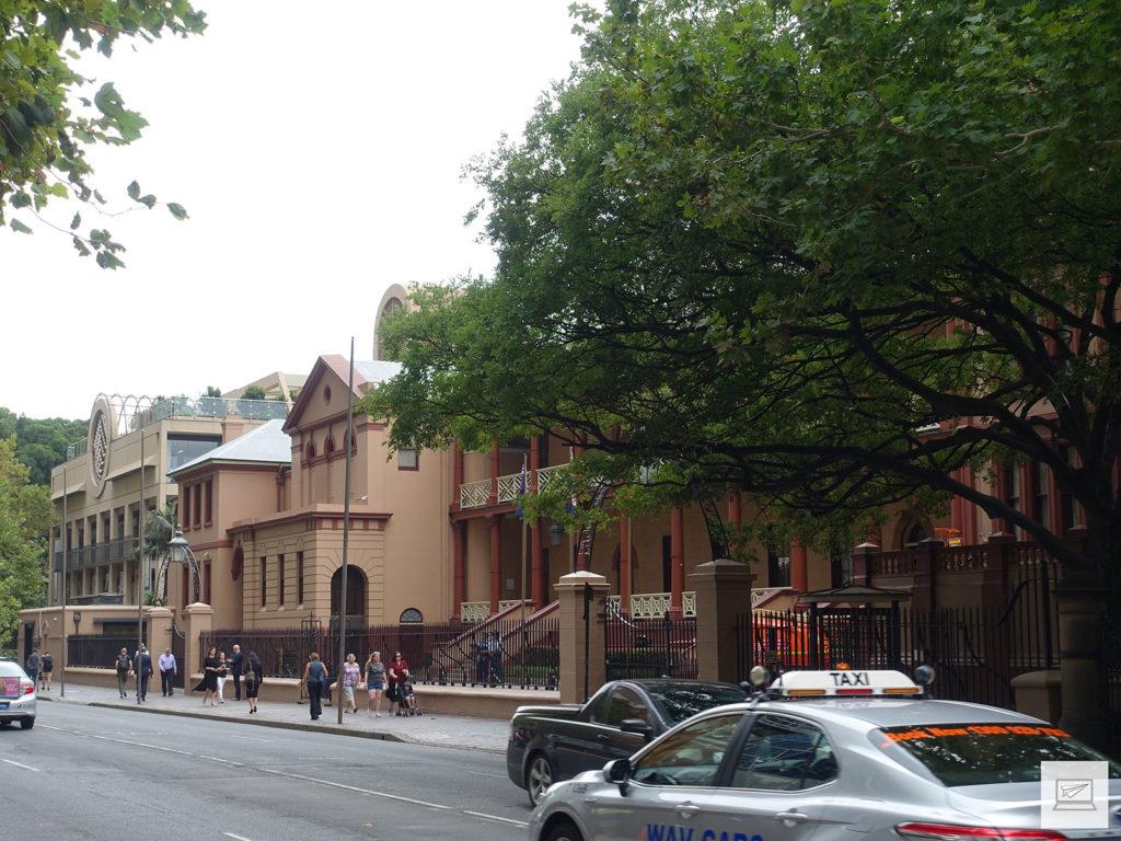Das Parlamentsgebäude von NSW, früher ein Krankenhaus