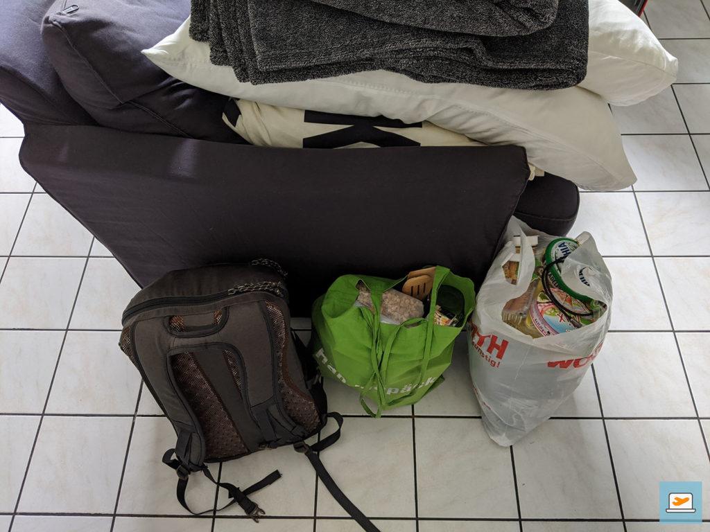 Fertiges Gepäck für die erste Tour - damals noch ohne Bettzeug im Auto