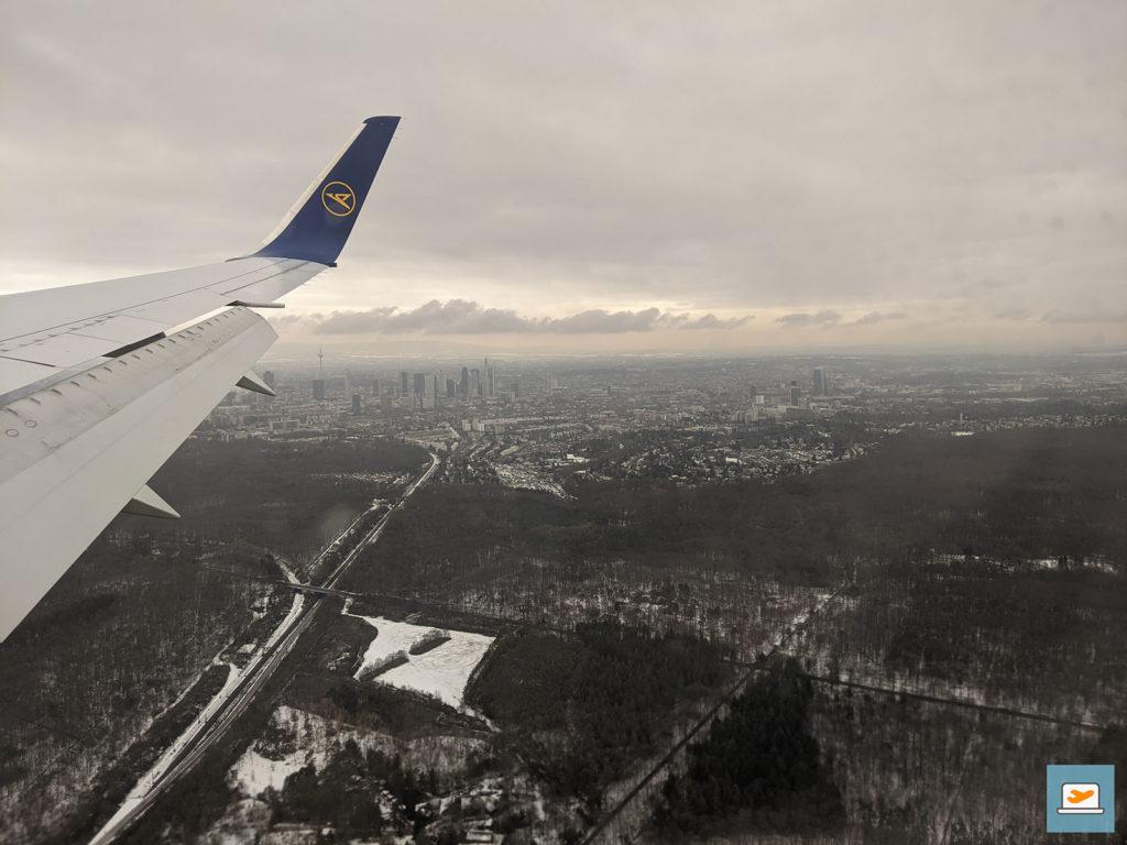 In Deutschland war es wieder trist, im Hintergrund dazu noch die Frankfurter Skyline :D